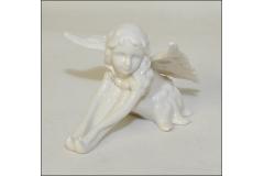 Fata Seduta In Ceramica Bianca