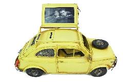 Salvadanaio Auto Vintage Gialla Con Portafoto Metallo 27x15 Cm