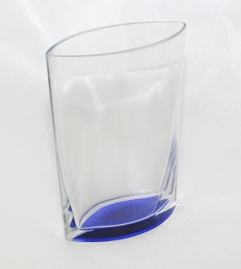 Vaso In Vetro A Base Blu Alto 20.5 Cm Largo 16.5x8.5 Cm